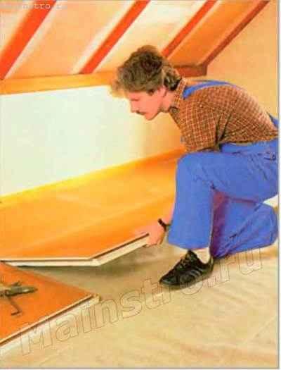 Гипсовые строительные плиты и элементы для устройства сухого основания под напольное покрытие упрощают и ускоряют процесс обустройства мансардного этажа
