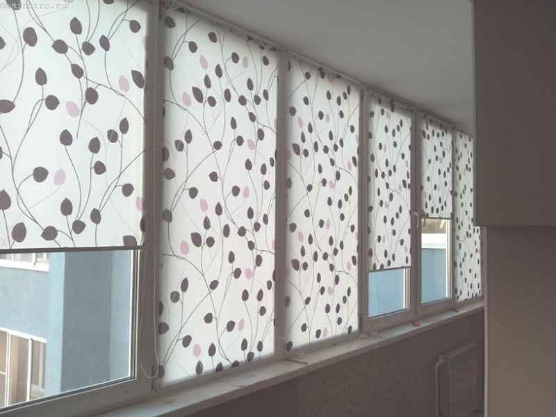 Шторы на раздвижные окна балкона