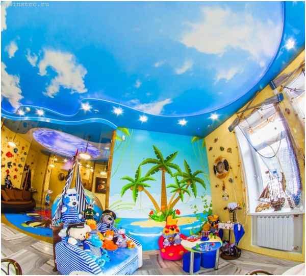 Фото комбинированных натяжных потолков в игровой комнате для детей