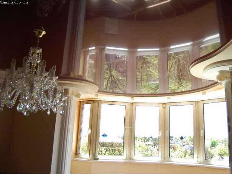 фигурный зеркальный натяжной потолок