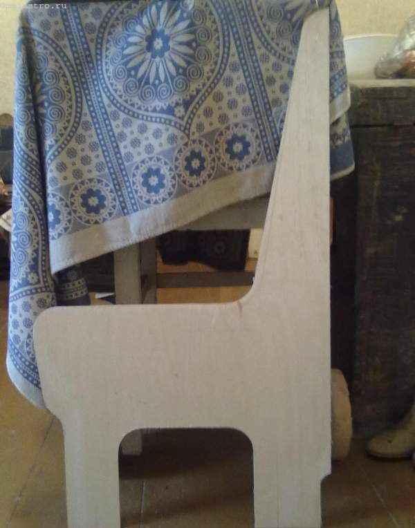шаблон боковой части кухонного уголка с ровными скошенными краями