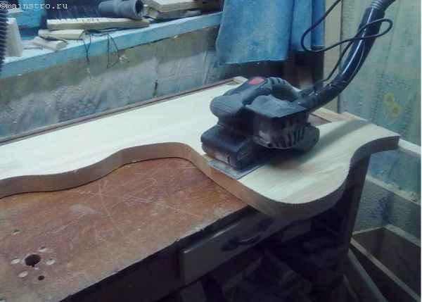 шлифовка боковых частей кухонного уголка