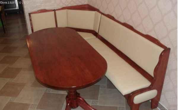 готовый кухонный уголок из сосны со столом