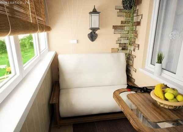 Уютный дизайн внутри небольшого балкона