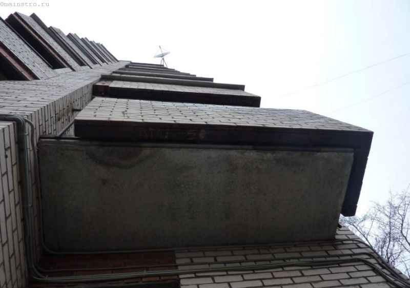 Потеки на балконе - фото