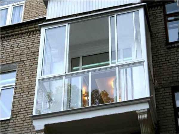 Безрамное остекление балкона - фото