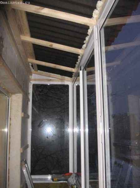Остекление балконов с крышей - фото