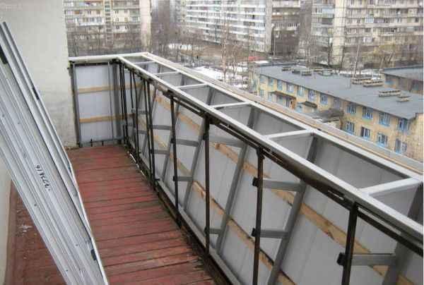 Каркас под выносное остекление балконов