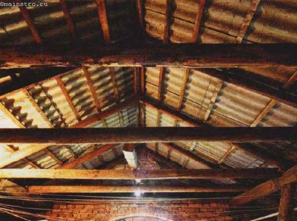 Ремонт скатной крыши: фото стропильной системы