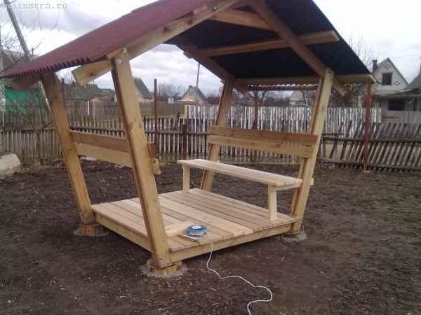 Сборка сидений скамеек для садовой беседки
