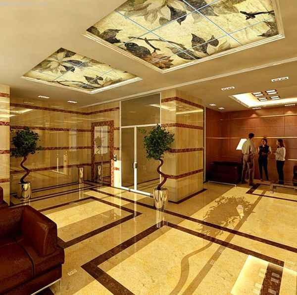 Матовые натяжные потолки в холле