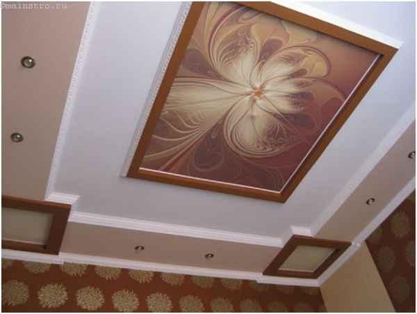 Натяжные потолки с фотопечатью в классическом стиле