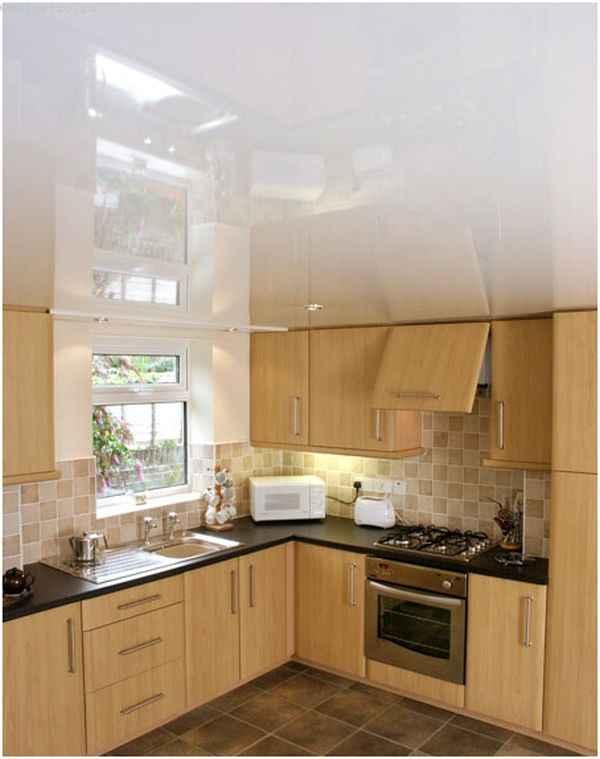 Белые натяжные потолки для кухни