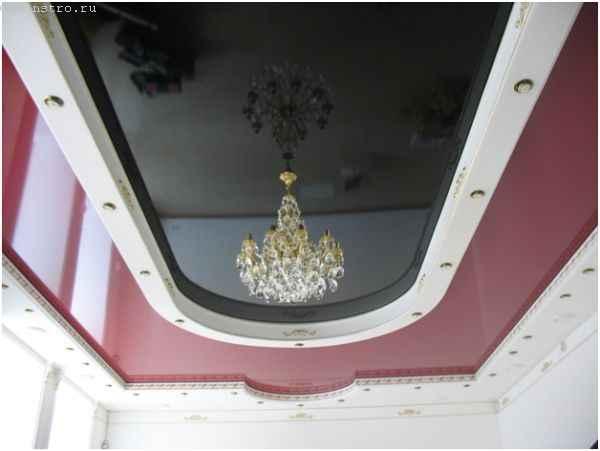 Двухуровневые натяжные потолки - фото с люстрой
