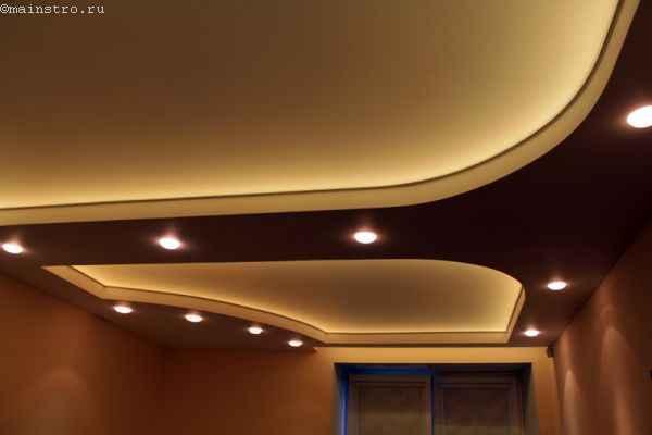 Бесшовный натяжной потолок с внутренней светодиодной подсветкой