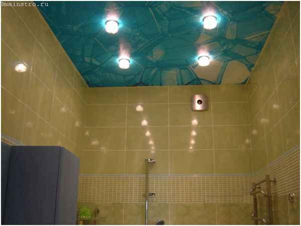 ПВХ натяжной потолок с фотопечатью и встроенными светильниками