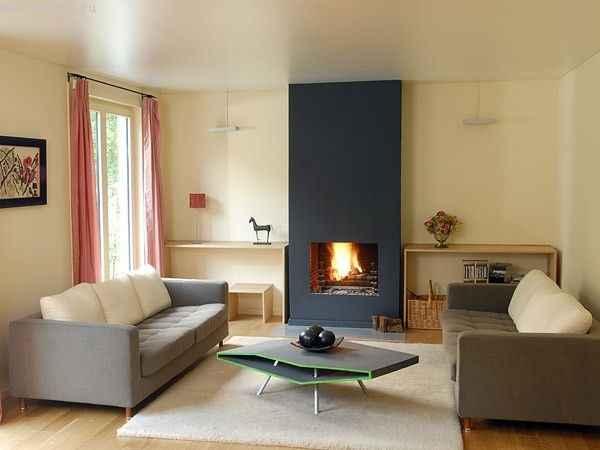 Фото интерьера с сатиновыми потолками