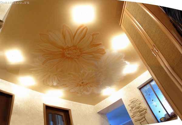 Натяжные потолки с подсветкой: фото