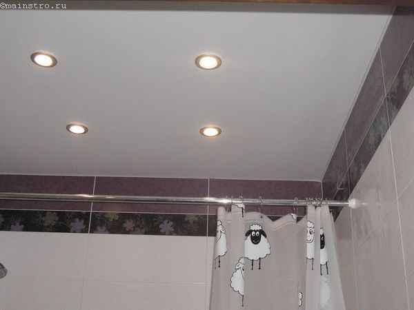 Матовые натяжные потолки в ванной фото