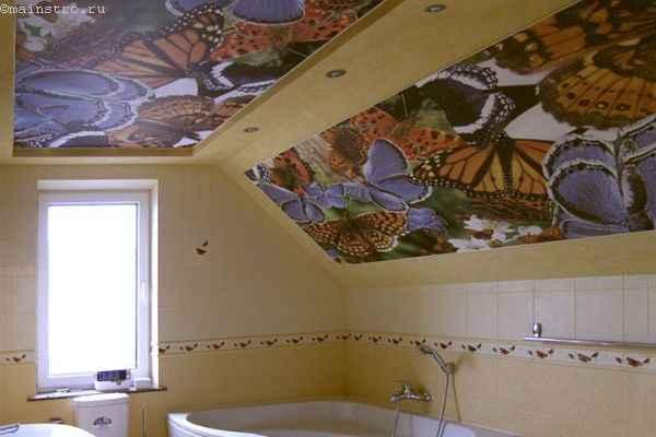 Матовые натяжные потолки в ванной с фотопечатью