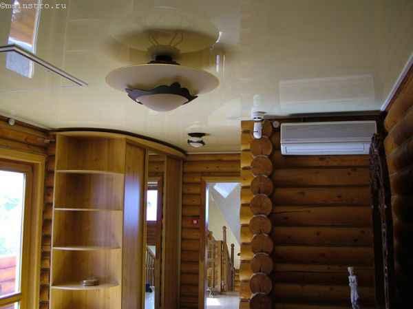 Одноуровневые натяжные потолки в сауне