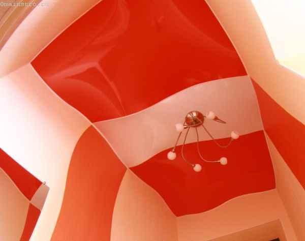 Яркие натяжные потолки с объемным эффектом