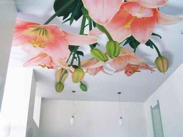 Натяжные потолки с 3Д фото цветов