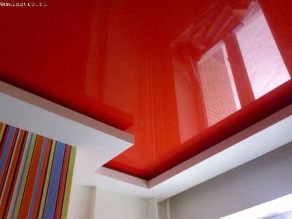 Фото натяжного потолка в два уровня красного цвета