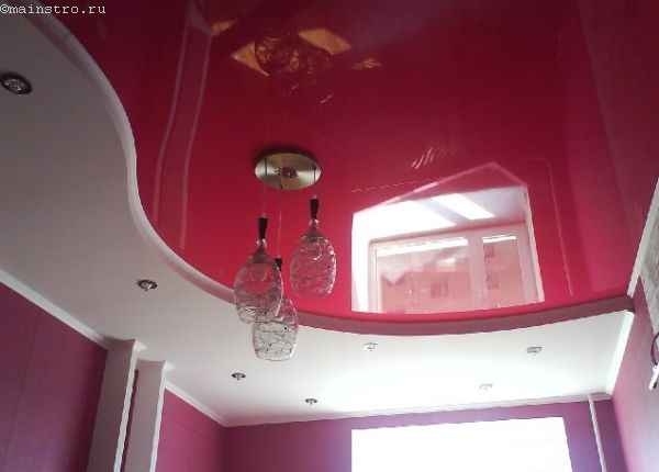 Фото сложного натяжного потолка розового цвета