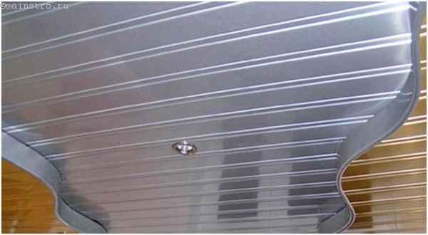 Реечный потолок из алюминиевых панелей