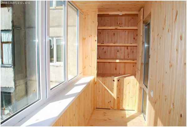 Ремонт балкона - встроенная мебель