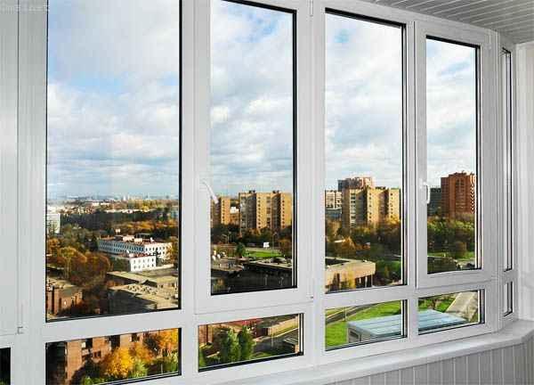Остекление балкона и  лоджии в ПВХ профиле