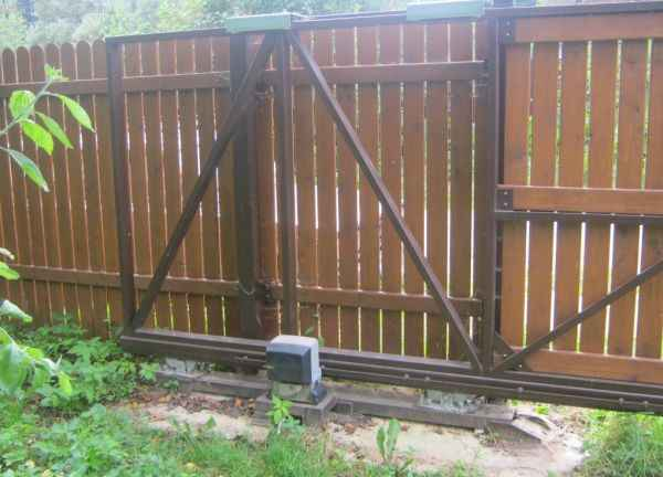 Откатные ворота (хвостовая часть рамы)