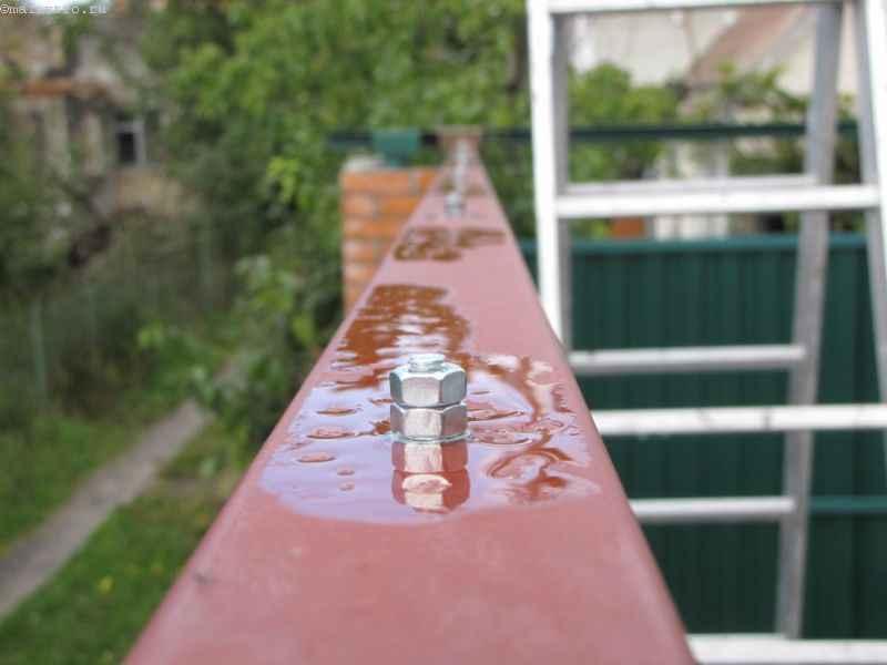 Установка профиля в откатных подвесных воротах