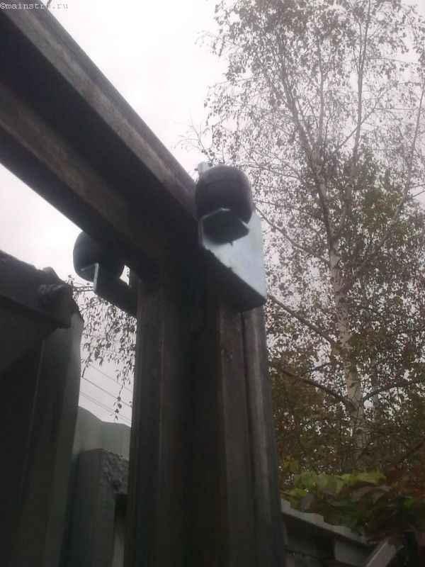 Ролики откатных ворот и ограждений из профнастила