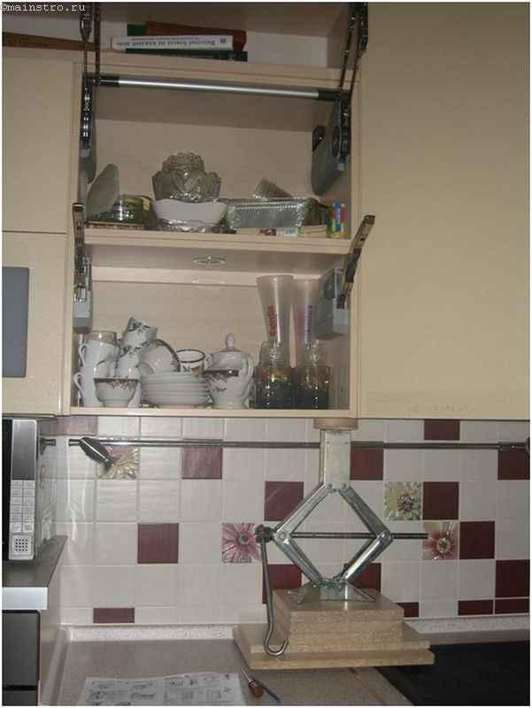 Устранение недостатков кухни с помощью домкрата